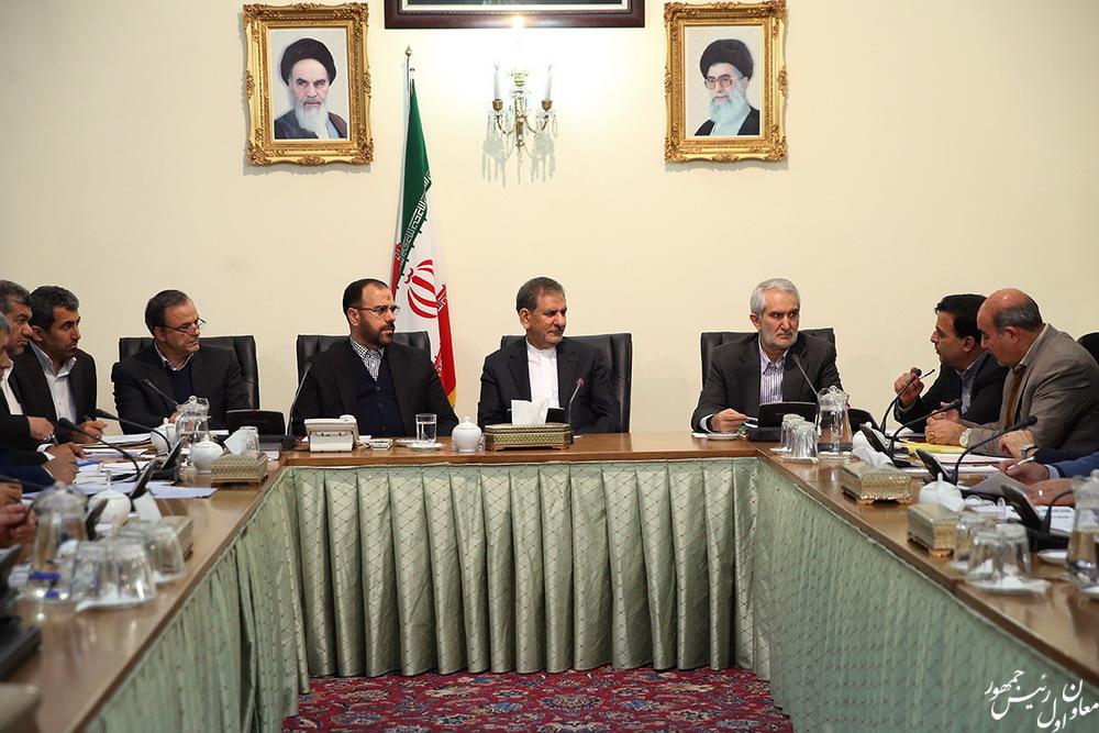 انتقال آب از خلیج فارس و دریای عمان به استان کرمان باید تسریع شود