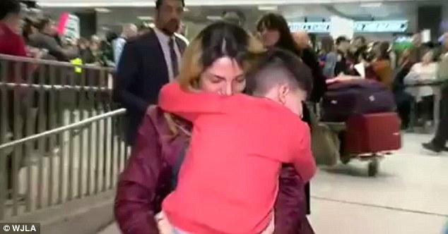 کودک 5 ساله ایرانی در فرودگاه آمریکایی برای چندین ساعت بازداشت شد