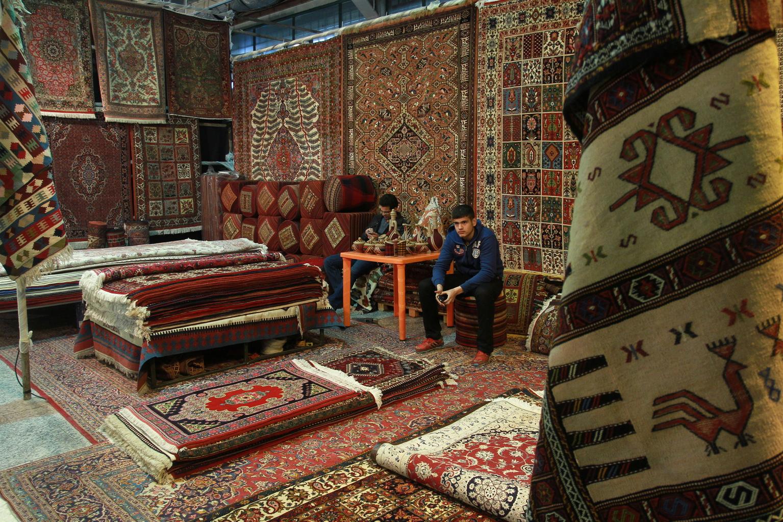 گرفتاری های فرش ایرانی و گره های آن