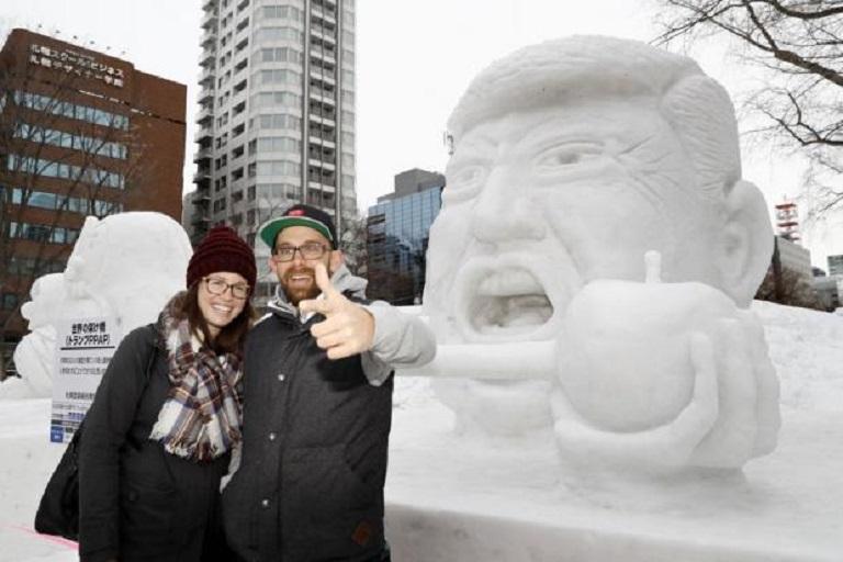 مجسمه برفی ترامپ در ژاپن+ عکس