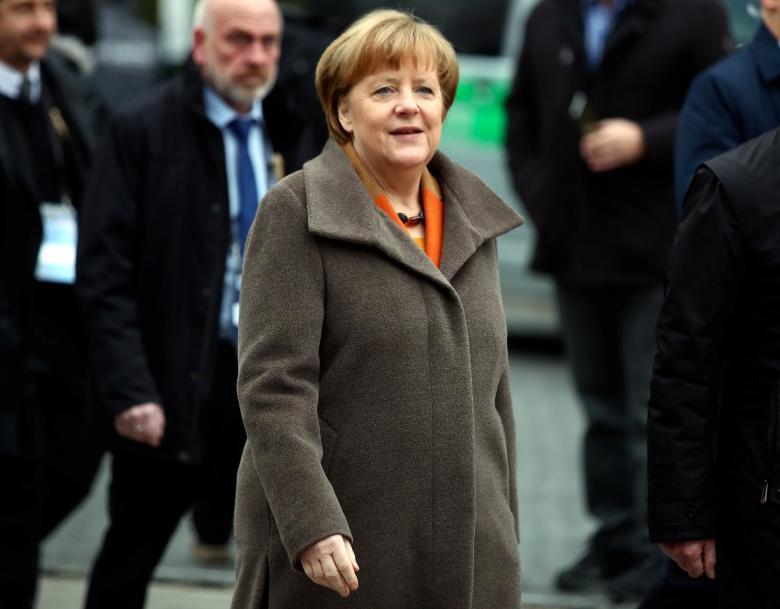 توافق احزاب محافظهکار آلمان برای نامزدی مرکل در انتخابات صدراعظمی