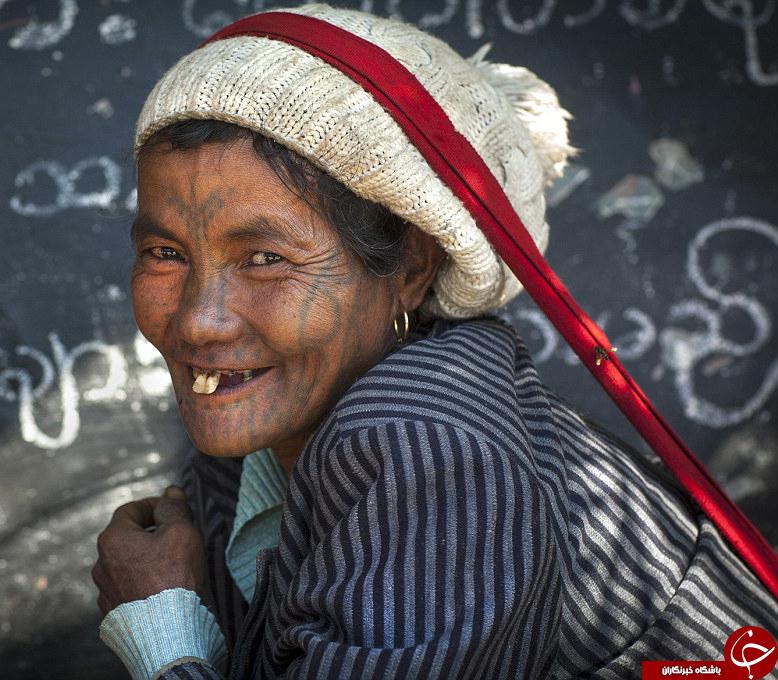 خالکوبی زنان این قبیله دیدنی است+ تصاویر/////جمعه