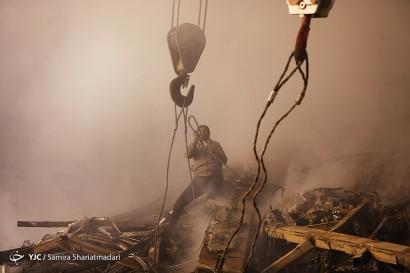 باشگاه خبرنگاران -ادامه ی عملیات امداد و نجات در ساختمان پلاسکو