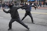 باشگاه خبرنگاران - شعلهور-شدن-اعتراضات-خیابانی-در-شهرهای-مختلف-آمریکا-همزمان-با-روی-کار-آمدن-ترامپ-تصاویر