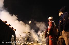جزییات حادثه پاساژ پلاسکو/انتقال پیکر دو آتشنشان به پزشکی قانونی+عکس و فیلم