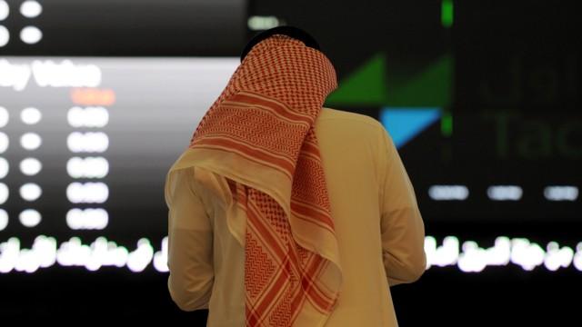 بحران اقتصادی در عربستان/ کاهش 69 درصدی طرحهای عمرانی در این کشور