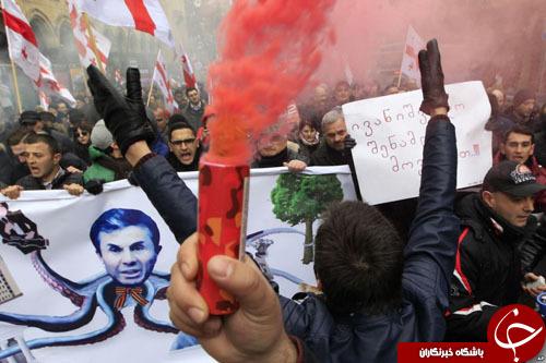 از محاکمه کشاورز فرانسوی به اتهام حمایت از پناهجویان تا مسابقه شترسواری در ابوظبی/////////////////////////