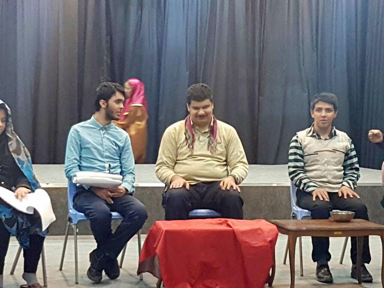 نابینایان آذربایجان شرقی برای نخستین بار بر روی صحنه تئاتر می روند