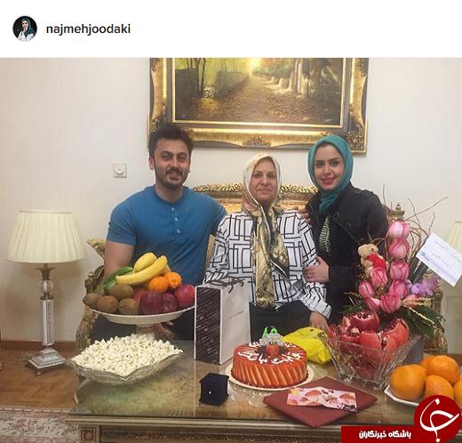 نجمه جودکی با همسرش در جشن تولد مادرش +عکس
