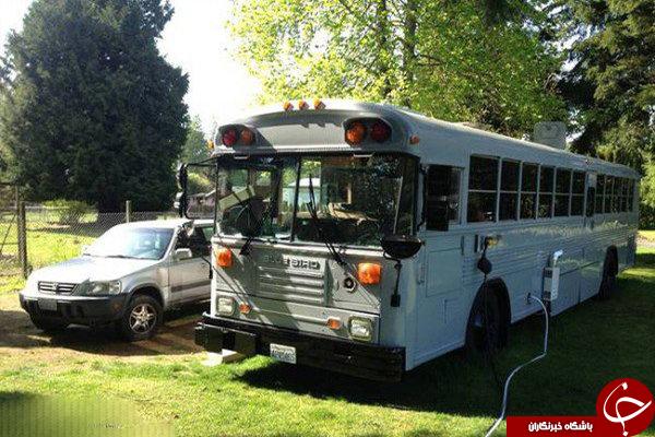 این خانواده در اتوبوس مدرسه زندگی میکنند!+عکس