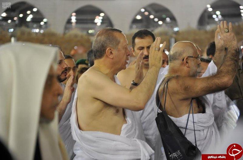 اردوغان لبیک گویان به داخل خانه خدا رفت+ تصاویر