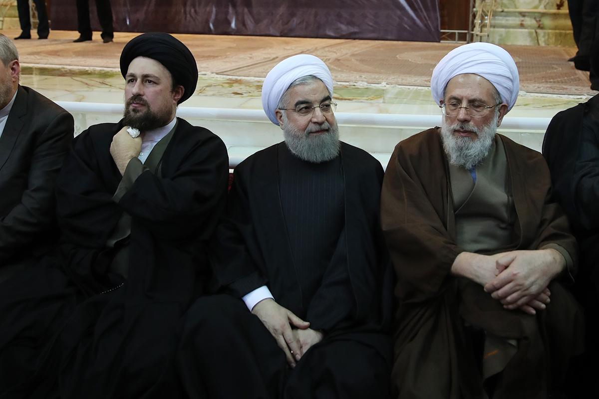 روحانی در مراسم چهلمین روز درگذشت آیت الله هاشمی رفسنجانی حضور یافت