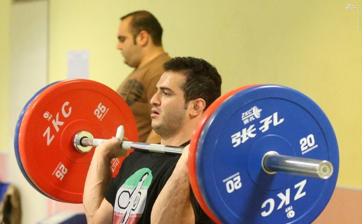 سعید محمدپور: حریفانم زیاد هستند ولی از آنها عقب نمی مانم