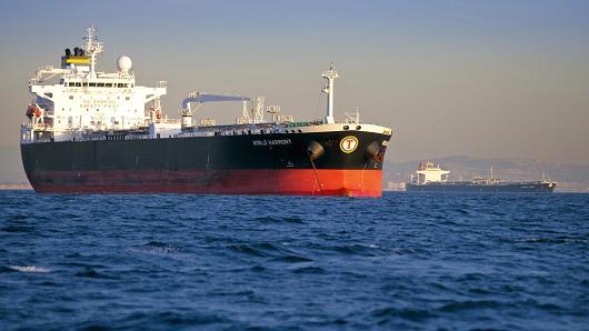 کشتیهای آلوده مانع از فروش نفت ونزوئلا شدهاند