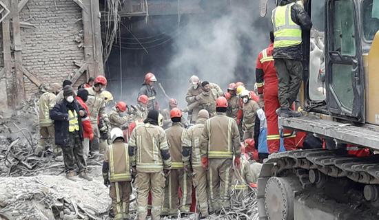 هشتمین روز حادثه پلاسکو/ امروز 4 پیکر آتش نشان شهید از زیر آوار خارج شد