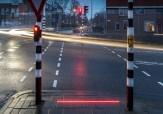 باشگاه خبرنگاران - ترفند جدید در هلند برای جلوگیری از تصادف معتادان به موبایل!