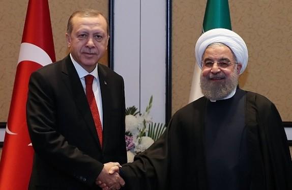 روحانی: توسعه روابط تهران - آنکارا به نفع ثبات منطقه است/ اردوغان: برای تحقق روابط اقتصادی 30 میلیارد دلاری با ایران مصمم هستیم