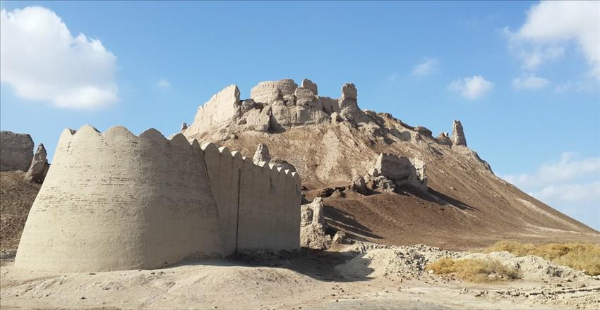 ایرانشهر؛ شهر قلعههای تاریخی