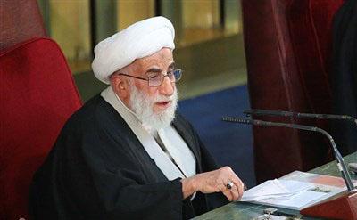 مبارزه با مستکبرین و حمایت از مظلومین از اصول اساسی نهضت امام بود