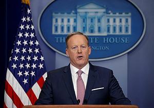 """سخنگوی کاخ سفید: آمار اشتغال در دولت اوباما """"ساختگی"""" بود"""