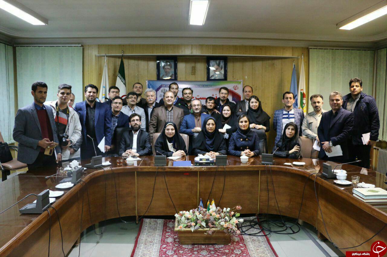 خبرنگاران و رسانههای حوزه ورزش استان آذربایجان غربی تجلیل شدند+تصاویر
