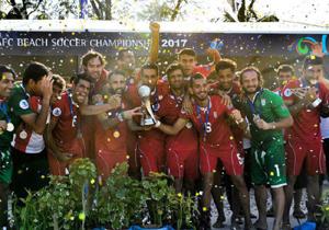 قهرمانی تیم فوتبال ساحلی به روایت تصویر