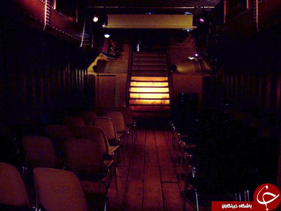 سالن رمانتیک داخل قایق +عکس