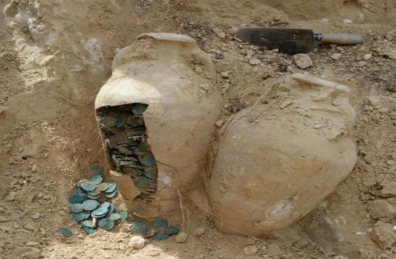 باشگاه خبرنگاران - کشف هزار و 22 سکه تاریخی در دیشموک