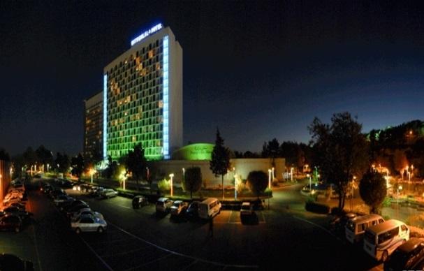 تاملی بر گرانی هتلها و اقامتگاههای مسافرتی در کشور/لزوم توسعه هتل های ارزان قیمت در ایران