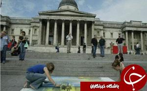 آسیب رساندن به نقاشی ۲۰۰ ساله با پیچگوشتی+ تصاویر