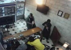 کلیپ حمله سارقان به صرافی در تهران