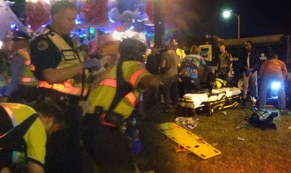 برخورد کامیون به جمعیت حضار در نیواورلئان آمریکا/ دهها زخمی تا این لحظه