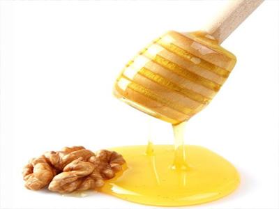 5901646 622 - خواص دارویی و طبی گردو و عسل به روایت متون کهن