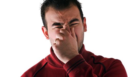 بوی ادرار از چه بیماری هایی خطرناکی خبر میدهد