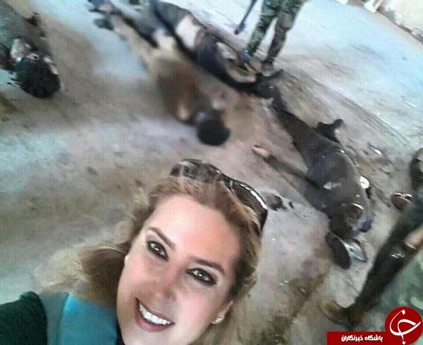 سلفی خبرنگار با اجساد تروریست ها/سلفی علی ضیا و گلفروشان/ لحظه خودکشی یک سامورایی