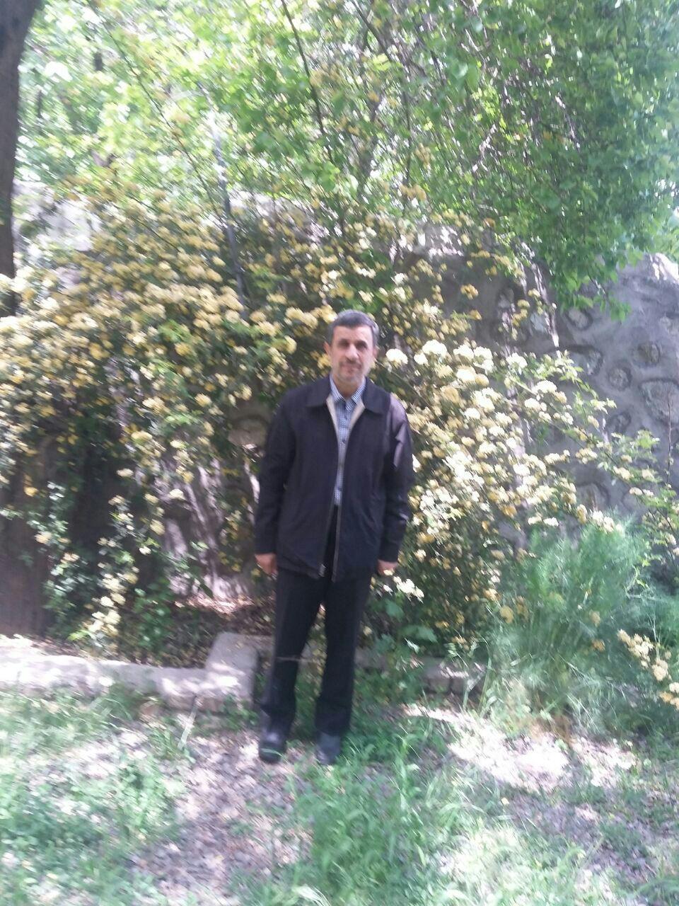 رییس جمهور پیشین قبل از روحانی خود را به کرمان رساند + حواشی و تصاویر