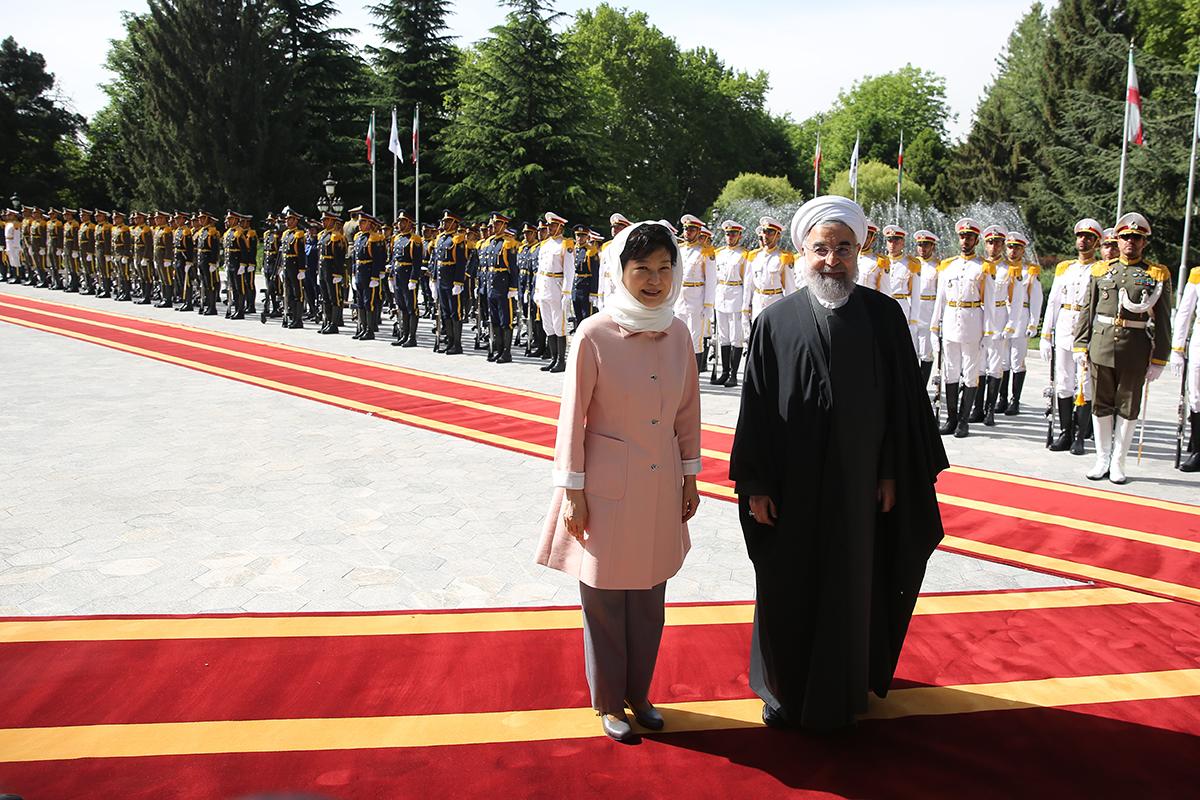 استقبال رسمی روحانی از رئیس جمهور کره جنوبی