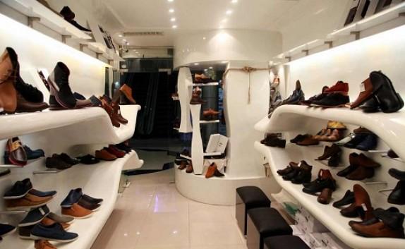 باشگاه خبرنگاران - قدم زنی رکود در بازار کفش/ ویترین مغازه ها چشم انتظار مشتری
