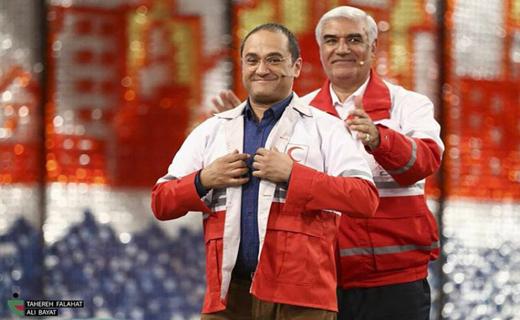 سرخ و سفیدپوشان بیادعا «خندوانه» را گلباران کردند/ خاطرات «جنابخان» از عضویت داوطلبانه در هلالاحمر!