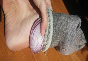 هر شب داخل جورابتان پیاز بگذارید!