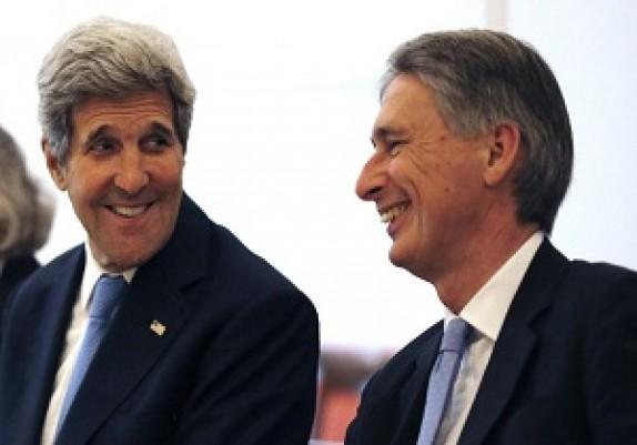 کری: تجارت با ایران در چهارچوب شرایط توافق در دسترس بانکهاست