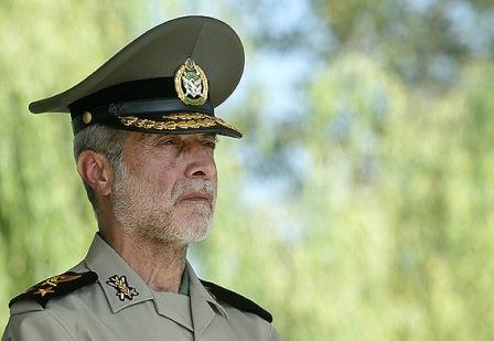فرمانده کل ارتش توان رزمی گردان موشکی پدافند هوایی کنارک را بازدید کرد