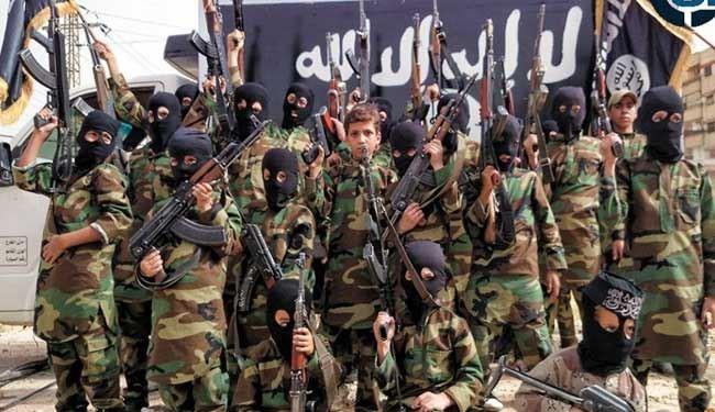 داعش در حال تربیت عناصر تروریستی از بین کودکان!