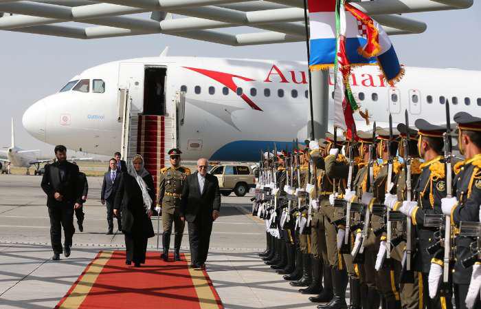 حجاب خانم رئیس جمهور در تهران+ عکس