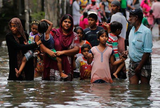 آوارگی 196 هزار نفر بر اثر سیل در سریلانکا+ تصاویر