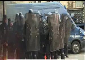در تظاهرت روز گذشته 11 پلیس زخمی شدند + فیلم