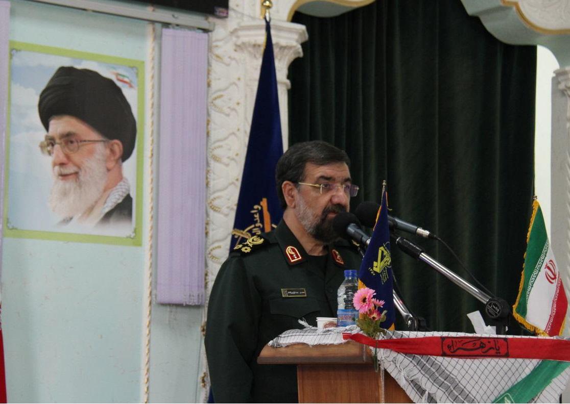 تجلیل محسن رضایی از نقش بی بدیل سپاه در حفظ انقلاب و کیان ایران اسلامی