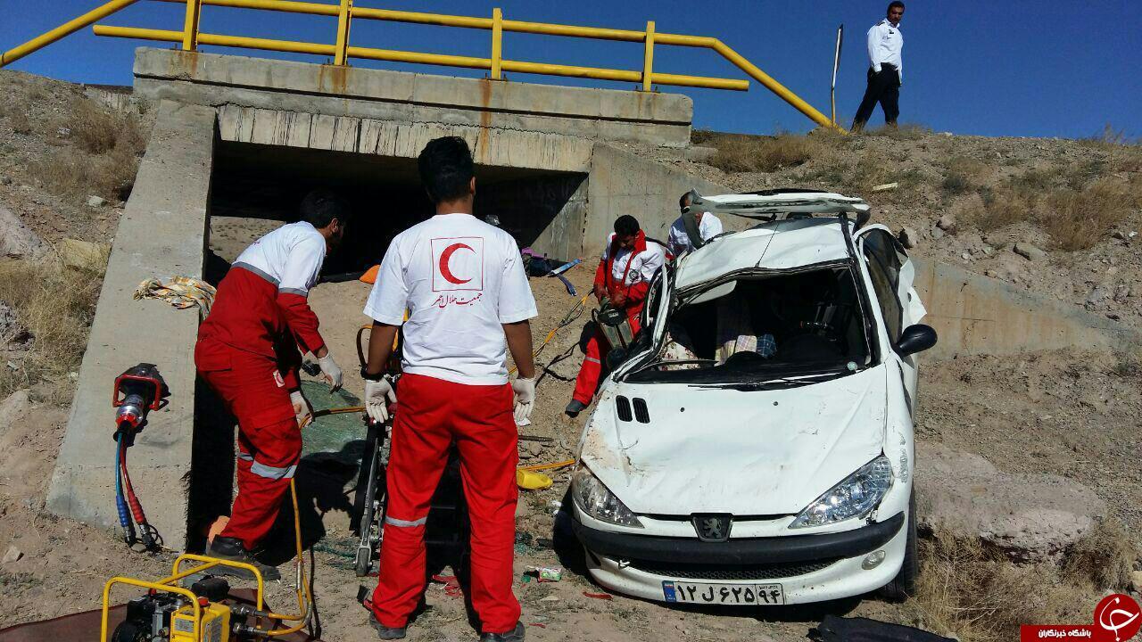 واژگونی خودروی پژو 206 در محور شهربابک – انار + تصاویر