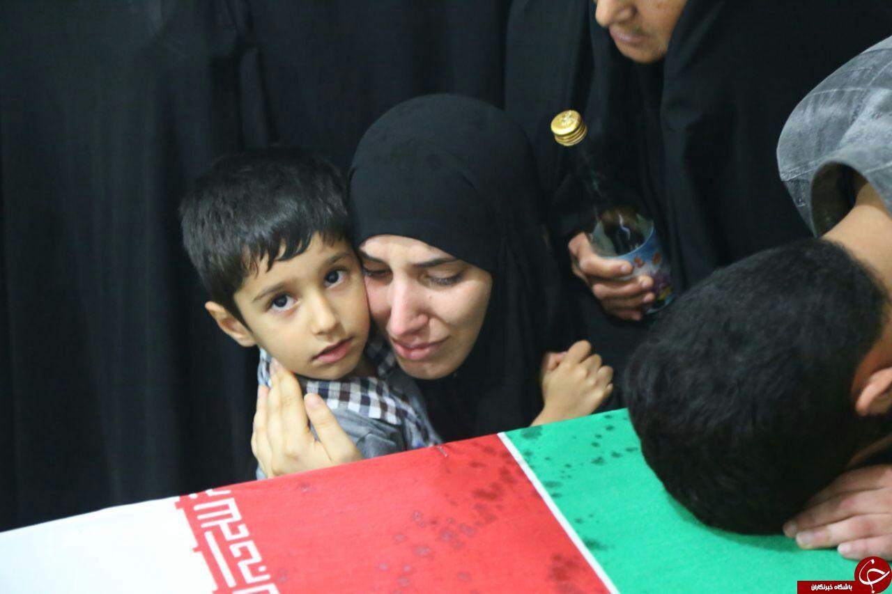 وداع خانواده شهید مدافع حرم+ تصاویر