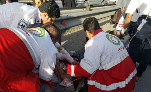 واژگونی خونین مینی بوس در جاده کرمانشاه 10 مجروح بجای گذاشت+تصاویر